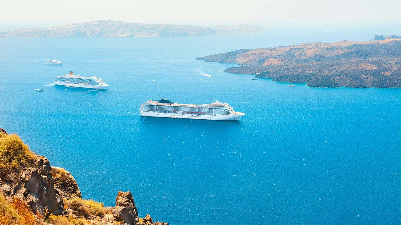 luxury-cruises-1280x720.jpg